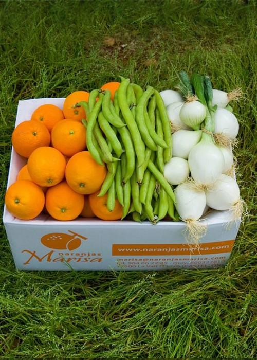 caja naranjas habas cebollas