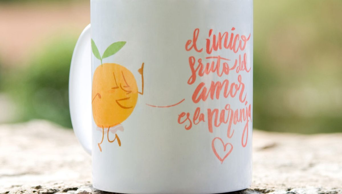 Taza el único fruto del amor es la naranja